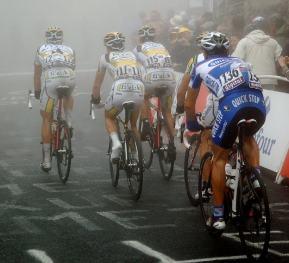 Francesco Reda tags onto Cav, Eisel and Martin.