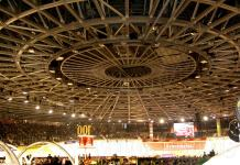 The roof inside the track is amazing.