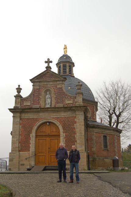 Dave and Callum ponder a visit inside the Kapelmuur chapel.
