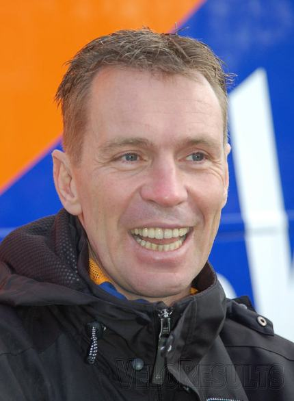 Rabobank DS Erik Dekker was relaxed and happy - ten wins by the end of February does that to a man.