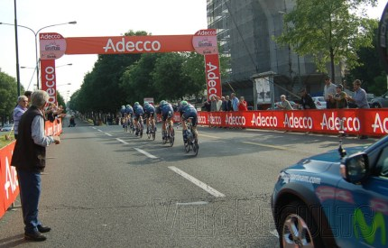 11th place for Movistar as they blast along the undulations.