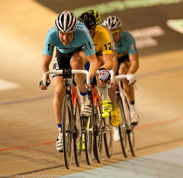 Michael Smith Larsen going for a lap with Stroetinga and De Ketele.
