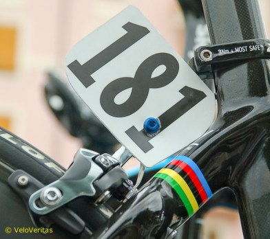 Cav gets a non-standard glosss black colour scheme and we're glad that the world's graphics whisper, rather than shout.