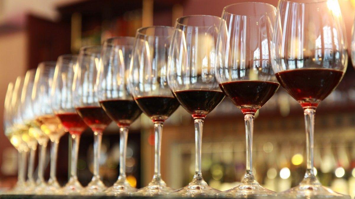 Como degustar vinho: guia completo