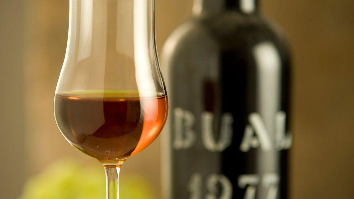 <strong>Vinho do Porto:</strong> A História do Vinho Mais Prestigiado de Portugal