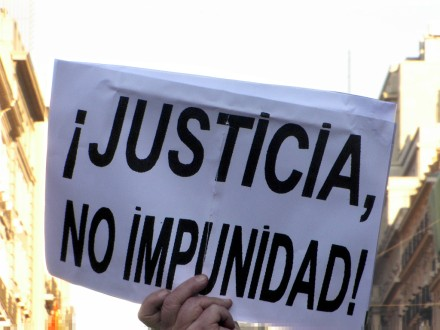 Entre la impunidad y la justicia