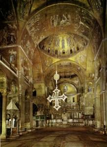 Interno_della_basilica_di_san_marco,_venezia