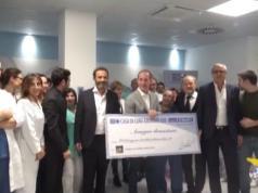 Ore di lavoro gratis per il Bellunese: consegnato il maxi assegno