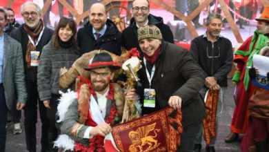Carnevale di Venezia i colori e i suoni del folklore carnevalesco italiano