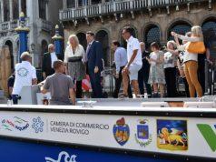 """Venezia: sfila la nuova barca """"Full electric Cargo 31"""""""