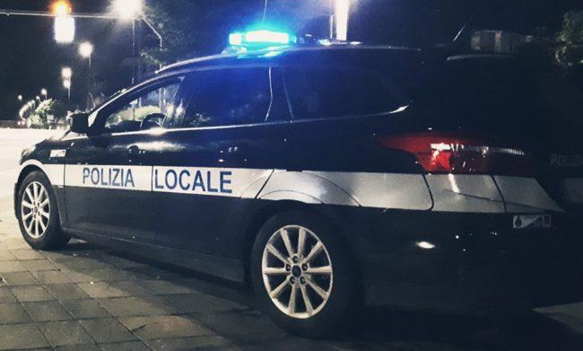 Tampona un'auto a Jesolo: denunciato pirata della strada