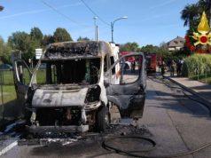 Ambulanza della Croce Verde prende fuoco a Mestre