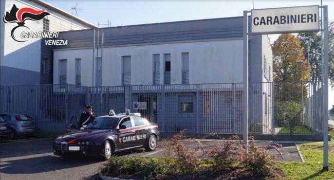 Sorpreso a spacciare, ingoia gli ovuli di eroina: arrestato - Televenezia