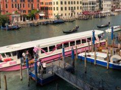 Prima tappa per il Vaporetto rosa la prevenzione si fa in barca.