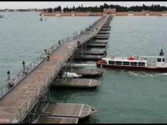 Ponte Votivo del cimitero di Venezia