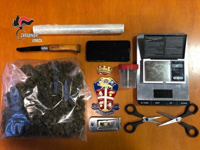 Spaccio di marijuana: giovane pusher veneziano arrestato