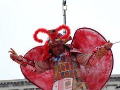 Kristian Ghedina celebra il Volo dell'Aquila 2020 del Carnevale di Venezia