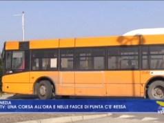 Actv: mezzi pubblici ridotti, ma sovraffollati