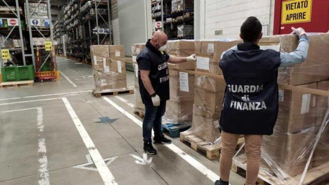 Mascherine non conformi: grosso sequestro a Padova