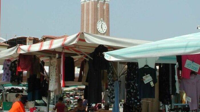 Mercato di Mirano: investiti oltre 27 mila euro per adeguare l'area - Televenezia