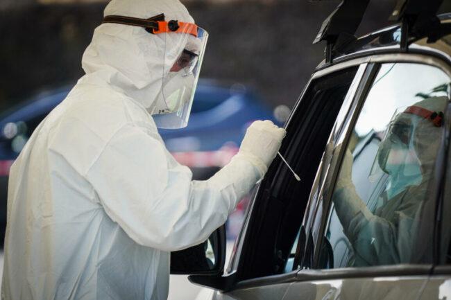 Drive-in di Jesolo: 180 vaccinati. Domenica ultime dosi agli ultraottantenni - Televenezia