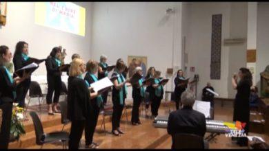 VIDEO: Coro Santa Chiara esegue Ave Maria di Robert Priceman - Televenezia
