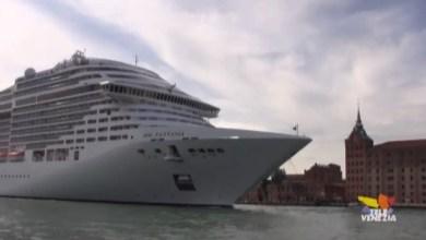 Grandi navi a Venezia: monta il dissenso contro lo stop