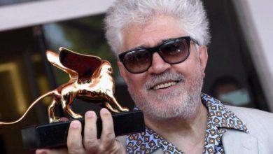Pedro Almodóvar a Venezia: è suo il film d'apertura alla Mostra del Cinema