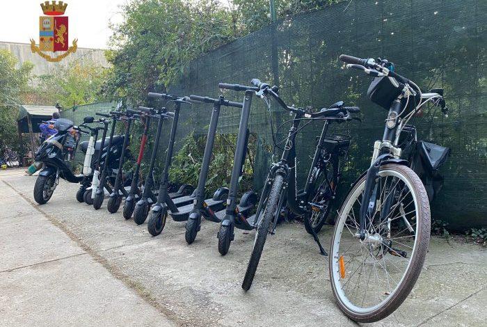 Scoperto un deposito di monopattini, bici elettriche e scooter rubati - Televenezia