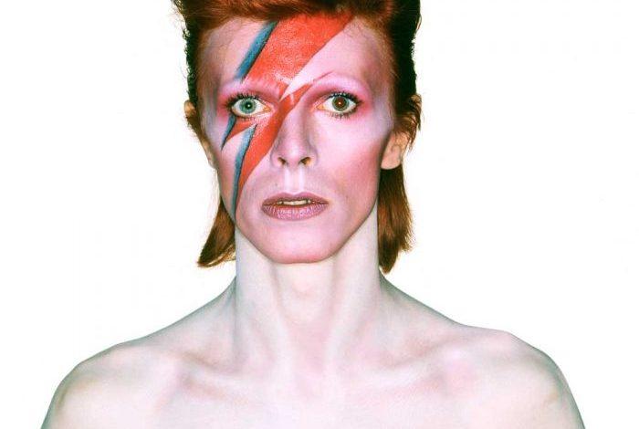 75 anni di David Bowie: si celebrano con 'Bowie 75'