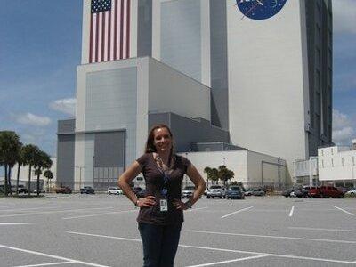Evelyn Miralles: La Mujer Venezolana que llegó a la NASA