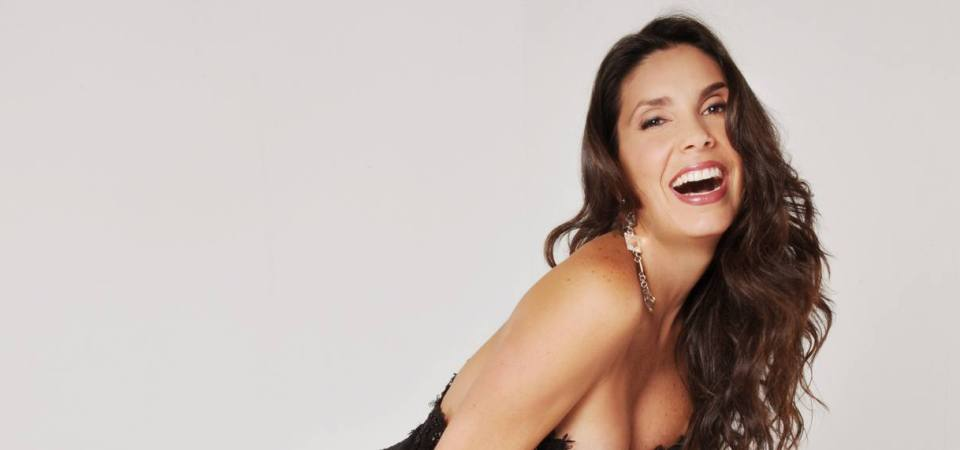 Ana Karina Manco firmó contrato con Telemundo