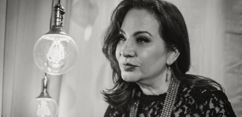 """Elba Escobar nos habla como inmigrante: """"Empezar de nuevo ha sido desafiante"""""""