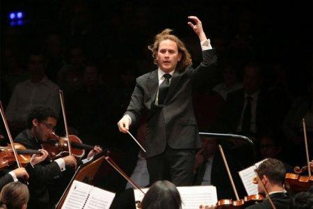 Christian Vásquez concluye exitosa gira por Europa junto a la Sinfónica de Stavanger