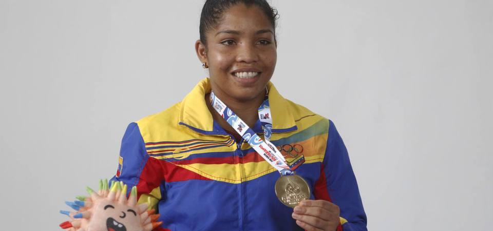 Lucha femenina conquistó cuatro medallas de oro