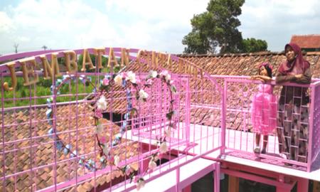 Spot foto serba pink omahe bianca yogyakarta