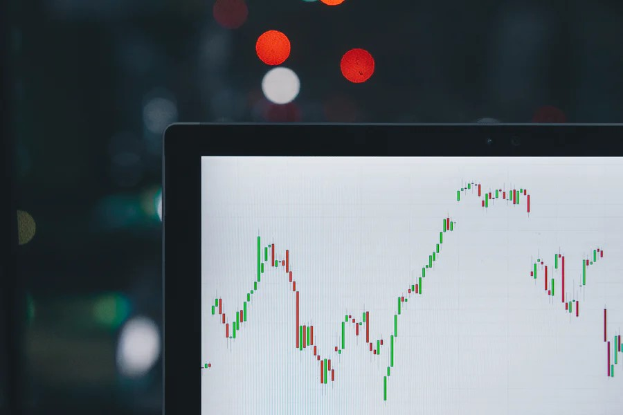 The Advantages and Disadvantages of Binary Trading