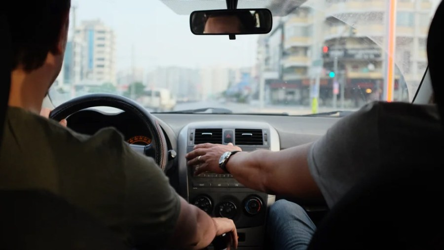Useful Solutions To Prevent Distracted Driving And Increase Safety On The Road 2