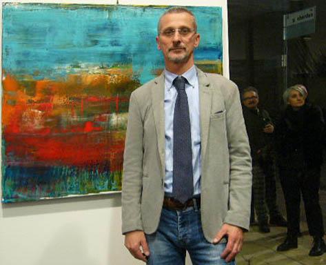 Massimo Zanetti davanti a una sua opera.JPG