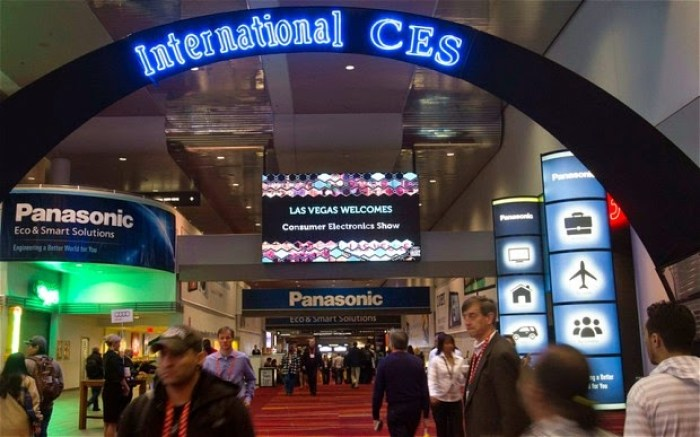 CES_2013_Day_1_2446285b