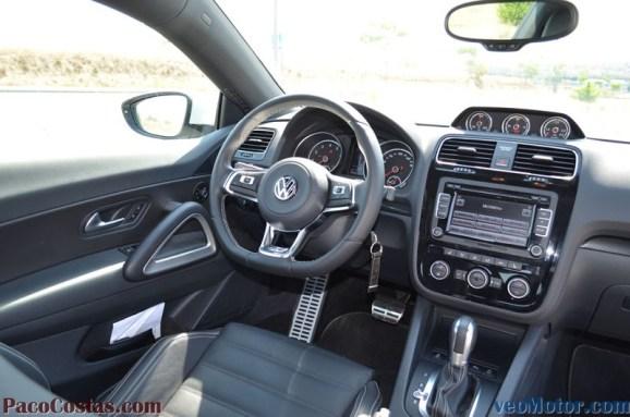 Volkswagen Scirocco 2.0 TSI R-Line (18)