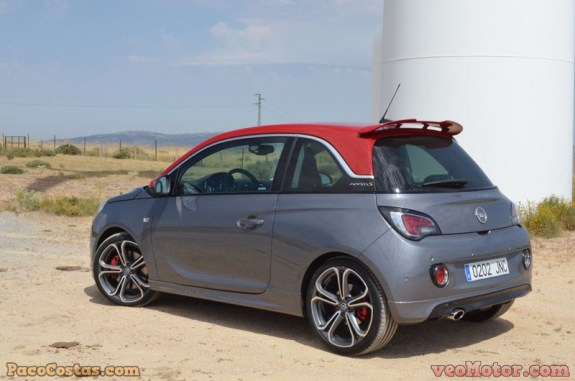 Opel ADAM S 1.4 Turbo 150cv (53)