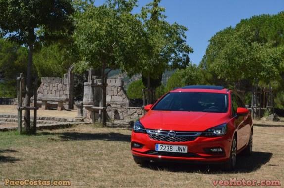 Opel Astra Sports Tourer 1.6 Turbo 200cv (50)
