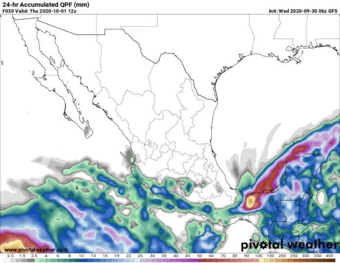 El frente frío 4, sobre el sureste de México, podría combinarse con un disturbio tropical ubicado en el centro del Caribe