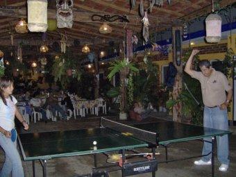 Juegos De Entretenimiento Para Pasar Un Rato Agradable En El Campamento Rio Actopan Veracruz