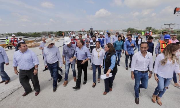 Inician Gobernador Yunes y Alcalde de Veracruz la obra de pavimentación con concreto hidráulico de un circuito de calles de la colonia Antorcha Campesina