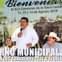 Pese a sequía Gobierno Municipal refrenda apoyo a los ganaderos