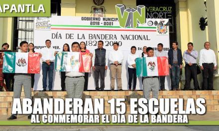 """ABANDERAN 15 ESCUELAS AL CONMEMORAR EL """"DÍA DE LA BANDERA"""""""