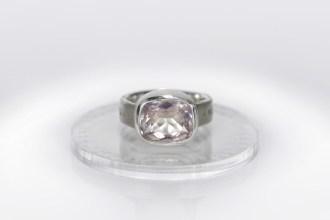 splendor-ring-rose-quartz-ljubovj-est-zhiznj