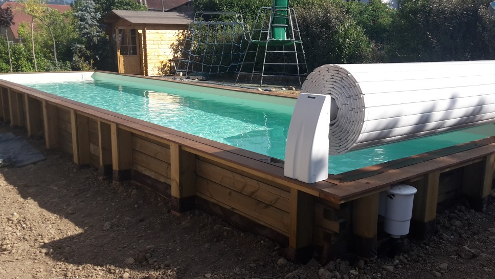 enrouleur hors sol couloir de nage vercors piscine. Black Bedroom Furniture Sets. Home Design Ideas